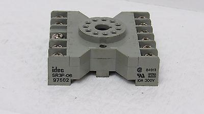 10 NEW IDEC 10 AMP 300 VAC SOCKET RELAY BASE 11-TERMINALS SR3P-06 BOX OF 10