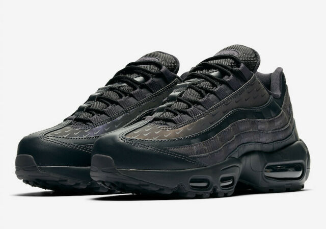 Nike Air Max 95 LX Athletic Shoes Running Lifestyle Casual 6.5 Triple Black Grey