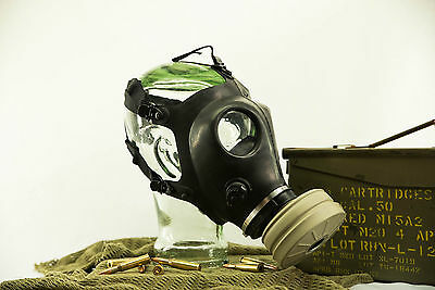 BRAND NEW FULLY FUNCTIONAL ISRAELI GAS MASK W/ NECK STRAP AND SEALED FILTER