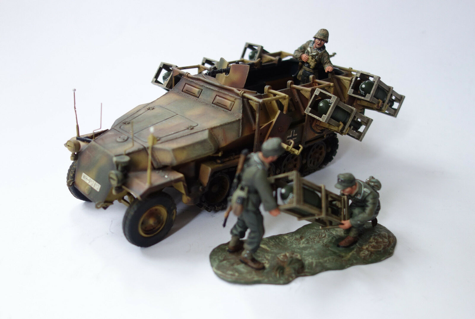 Figarti Miniatures SD. Kfz. 251 1 II ground dive-bomber, 1 30 RMG-008 Limited Edition