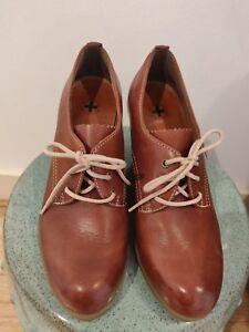 5 Shoes 883985382213 Womens Dr Size Martens 40Oz6z