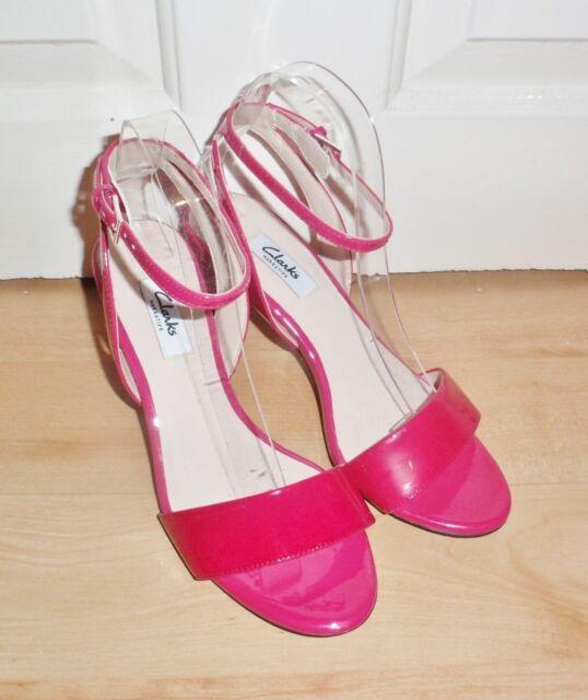 c3ec6e9b Ladies Clarks Buckle Strap Sandals Amali JEWEL Fuchsia 6 UK D
