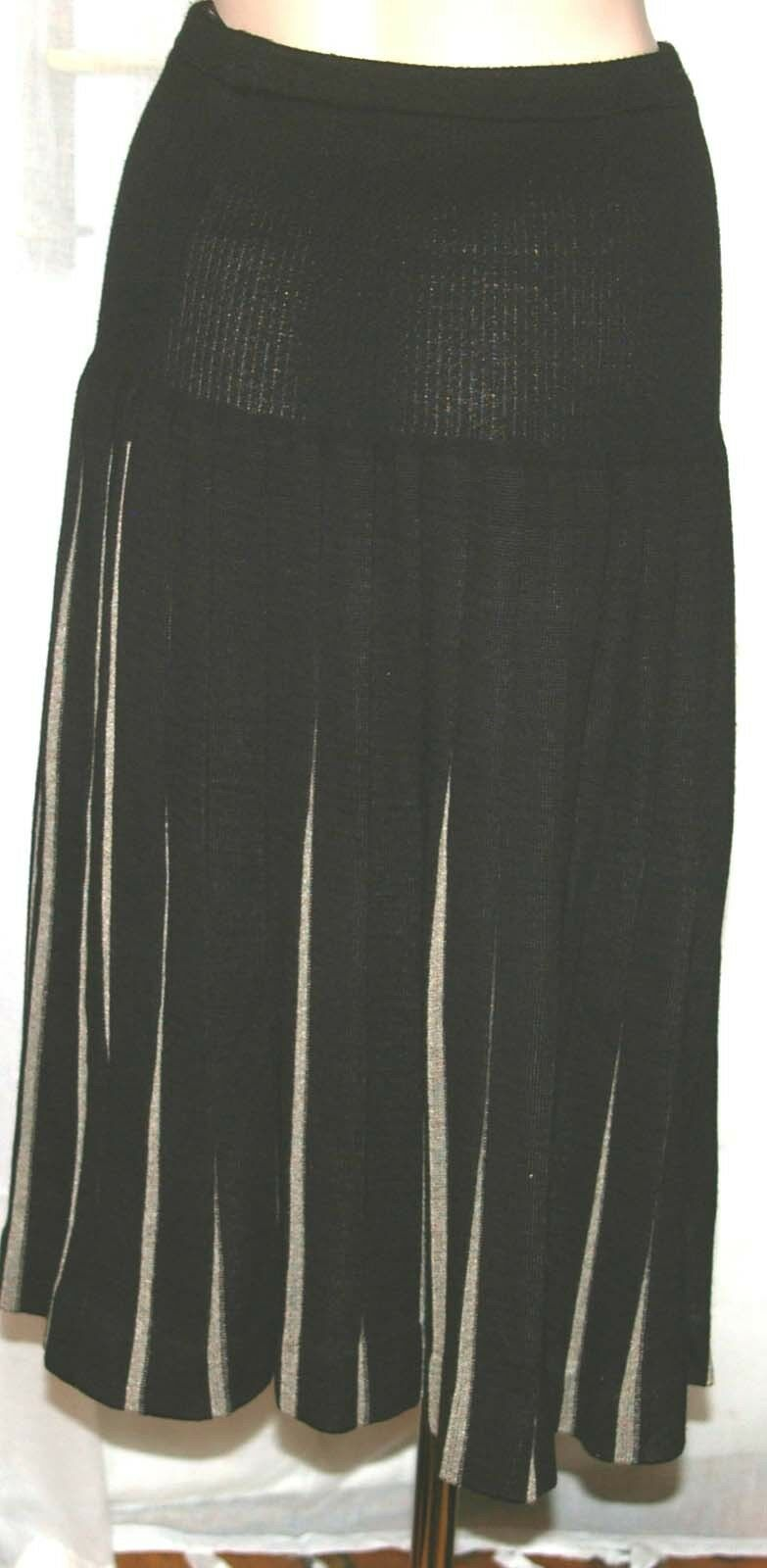 Kriss Sweden _ Knit Skirt Black _ Size: S _ Excellent Condition