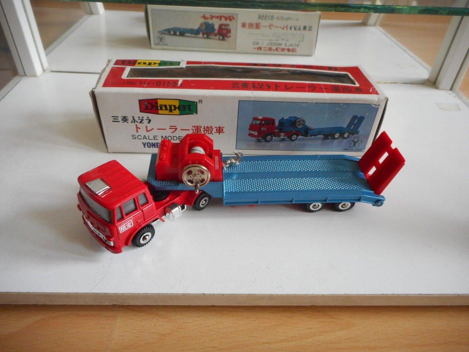 Yonezawa Toys Diapet Mitsibishi Fuso + Construction Trailer in Red - 1 60 in Box