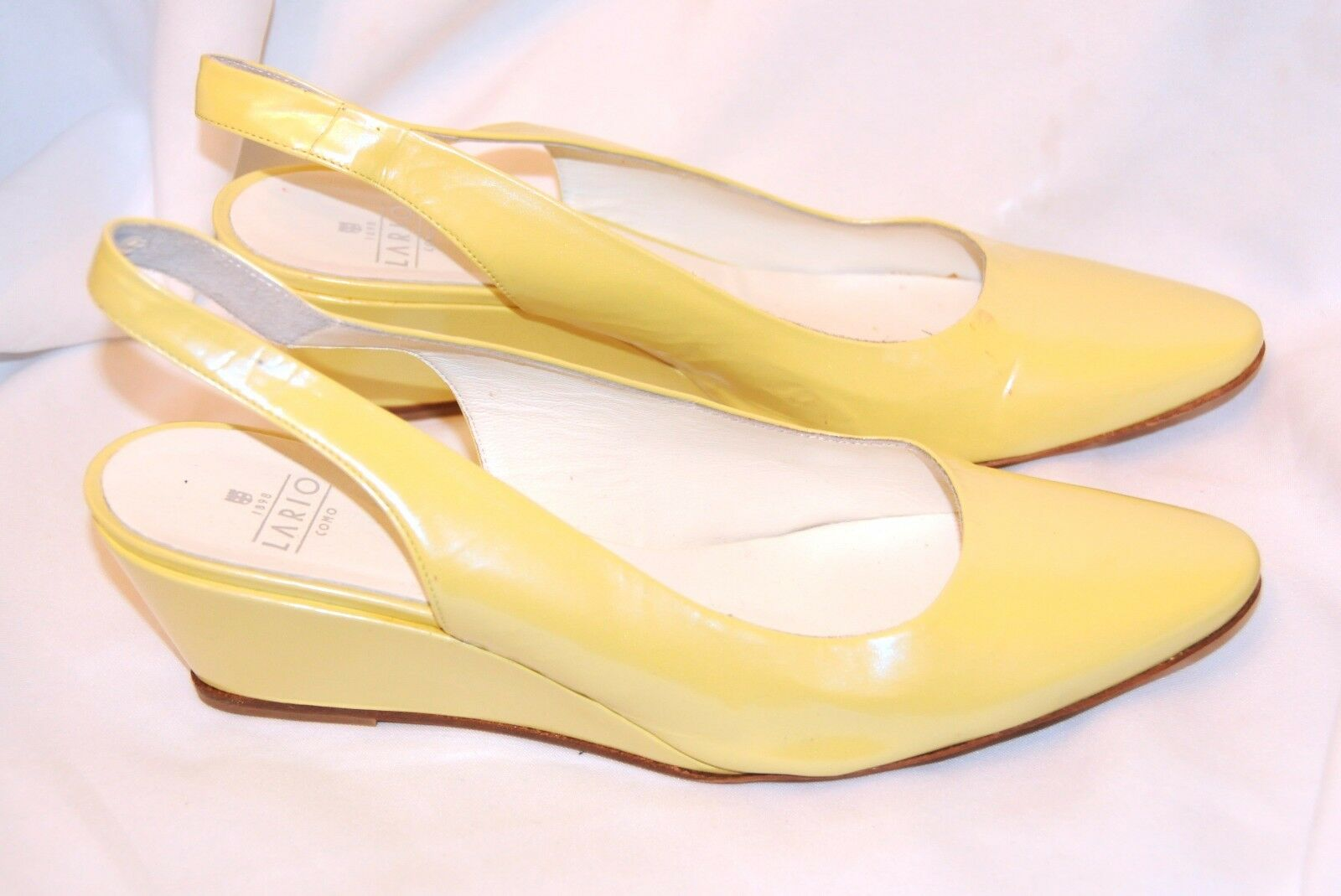 LIGHT YELLOW LARIO COMO LADIES Schuhe SIZE EU 42 UK 7.5-8 WEDGE SLINGBACK BNTW