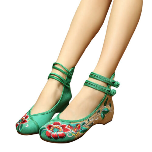 Chinese Embroidered Hibiscus Flowers Cloth Shoes Women Casual Flat Loafer Pumps