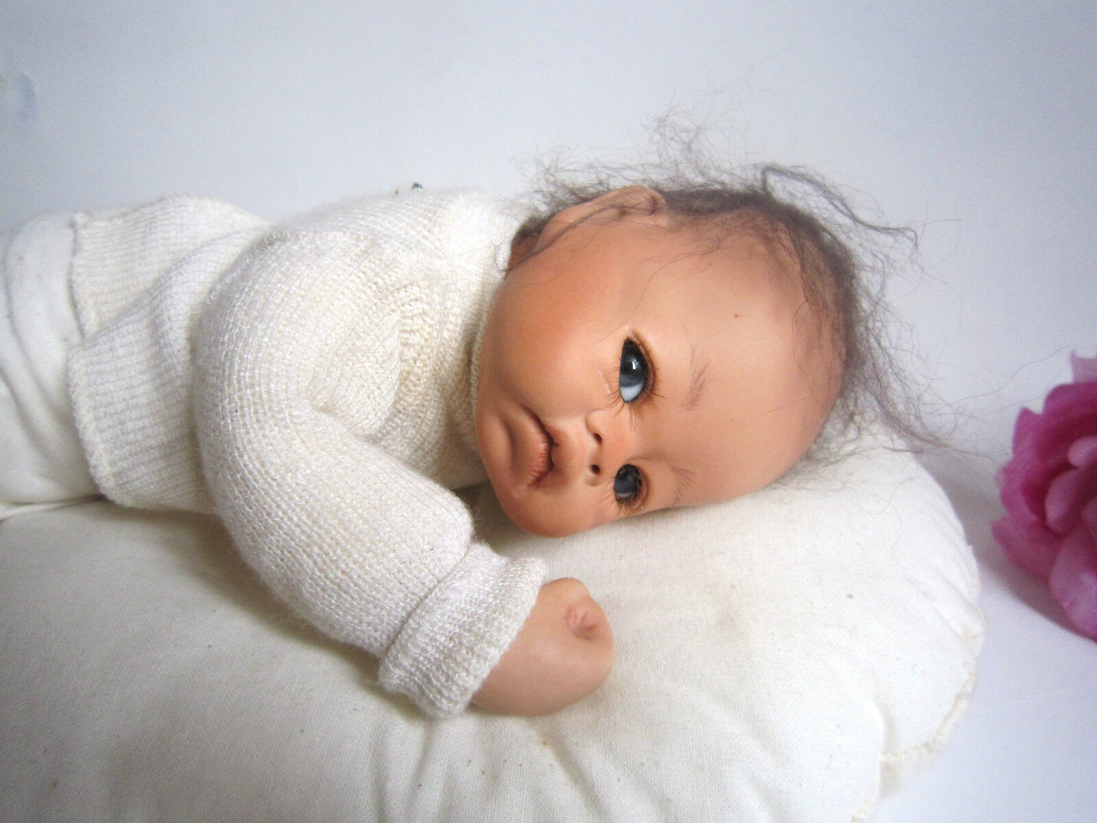 Nel Groothedde artist porcelain baby doll on a cushion. Amazing
