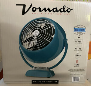 New Vornado Vintage  2 Speed Whole Room Air Circulator Fan in Green//Teal Metal