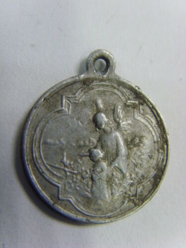 Antique Catholic Guardian Angel St. Ann medal AG1050