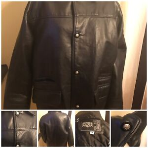 Gianni-Versace-Hand-Made-In-Italy-Leather-Jacket-Authentic-Size-M
