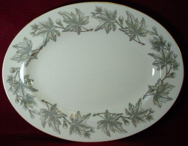 & Wedgwood Ashford Grey 3 Dinner Plates Bone China W4106 Good   eBay