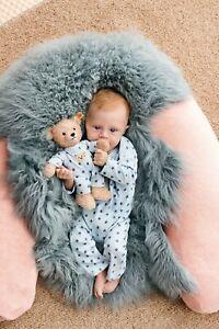 STEIFF-Teddybaer-Baby-Junge-beige-hellblau-25-cm-NEU-241642