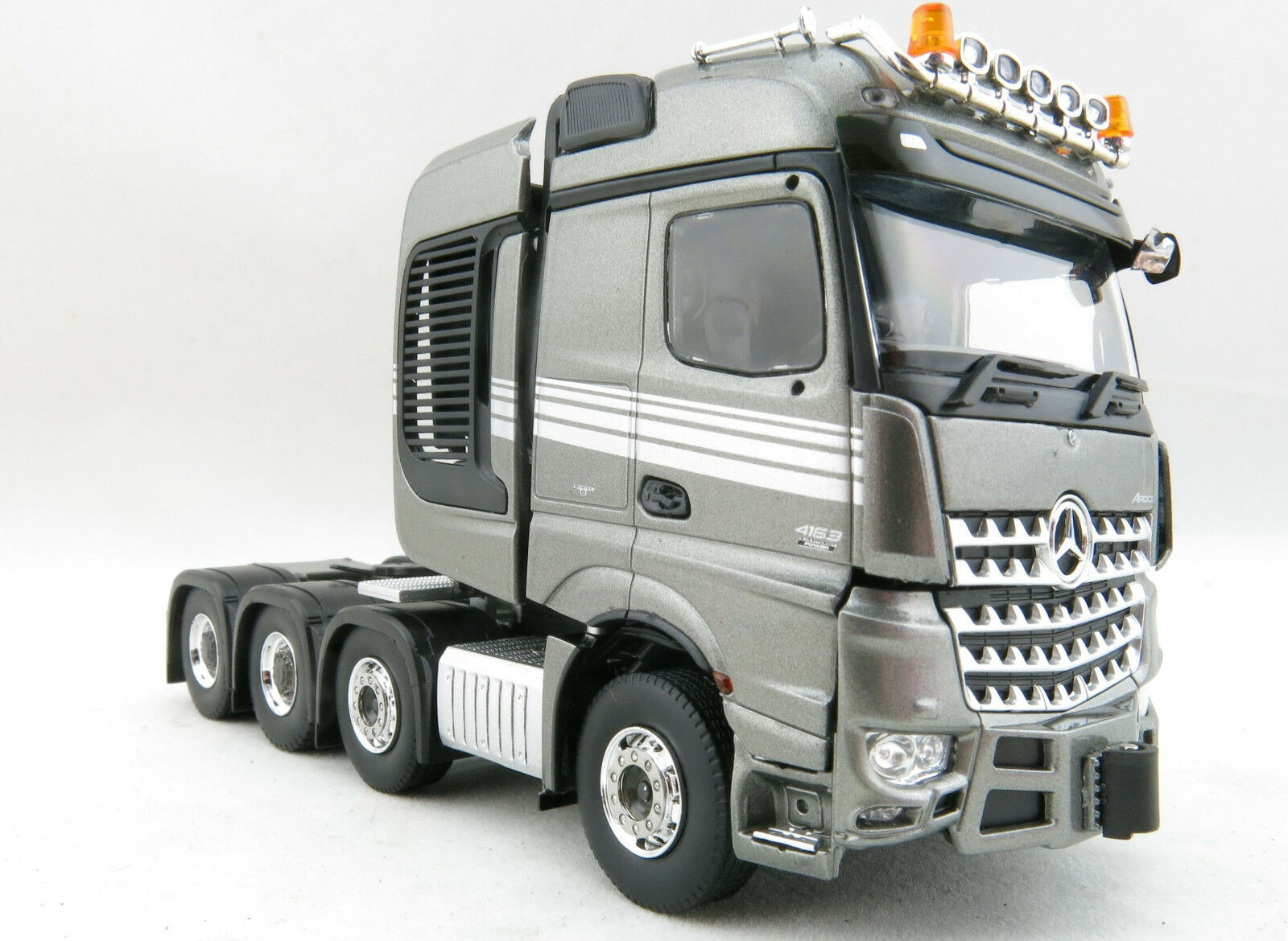 Tekno 71173 Mercedes-Benz Arocs SLT 8x4 Prime Mover - Right Hand Drive - Scale 1