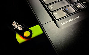 USB Flash Drive 8 GB - Lime Green