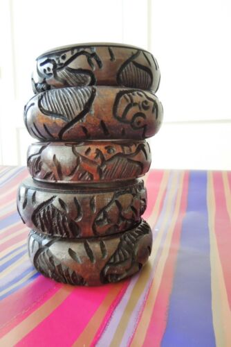 One Hand Carved Wooden South African Ostrich Egg Stand Dark New Decorative UK