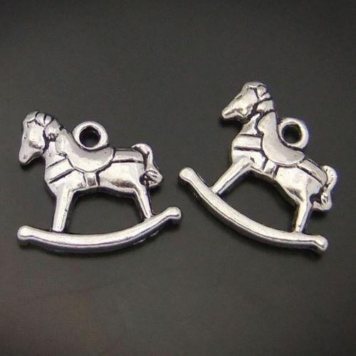 19x18mm vintage plaqué argent alliage cheval à bascule Craft Pendentif Findings 30 pcs
