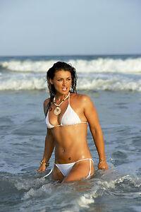 robb bikini j Natalie