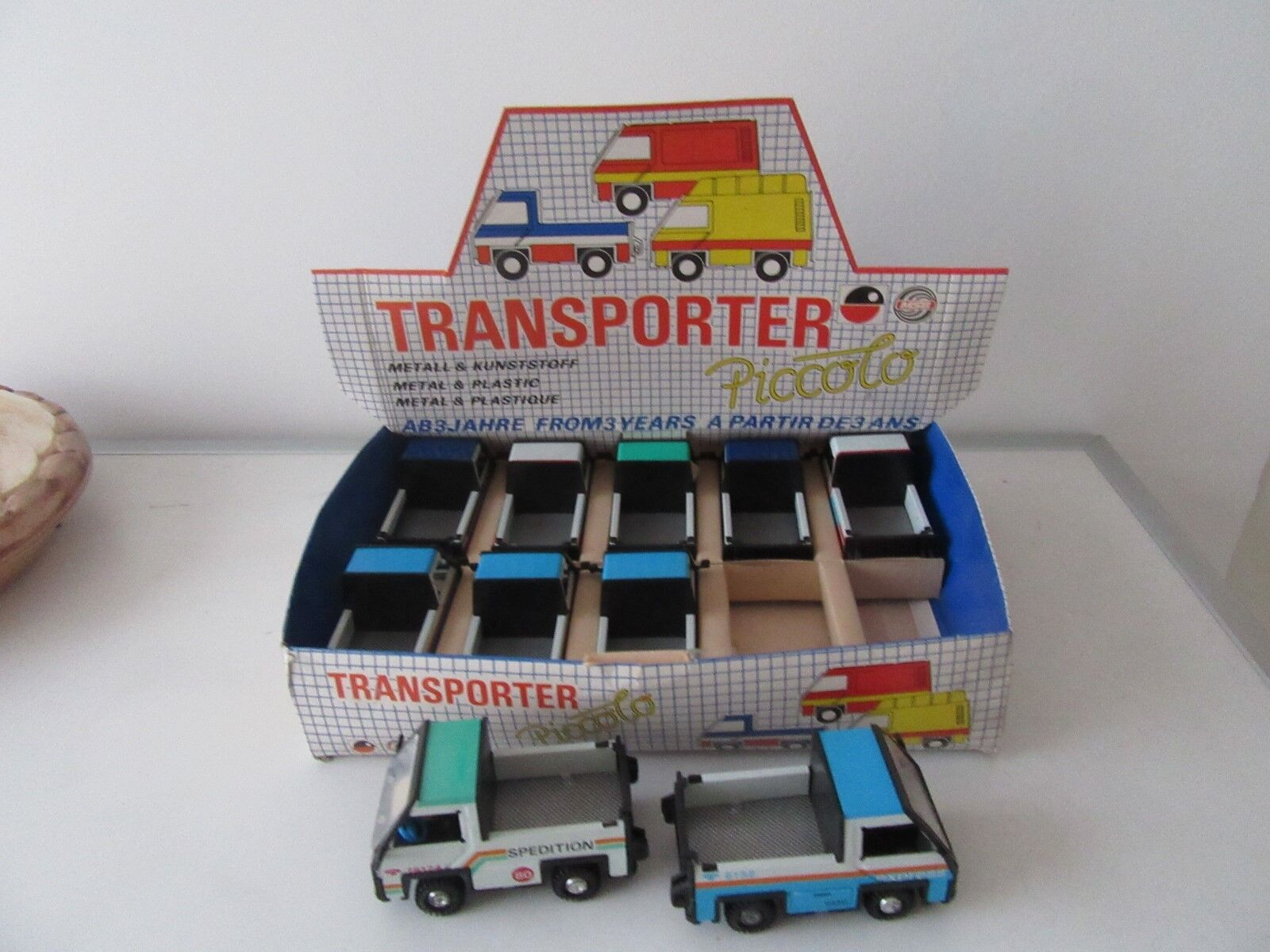 Ostalgie-speelgoed  veb transporter piccolo.   Offriamo vari marchi famosi