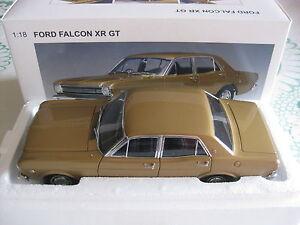 1-18-BIANTE-AUTOART-1967-XR-GT-FORD-FALCON-IN-GOLD-L-E-2000