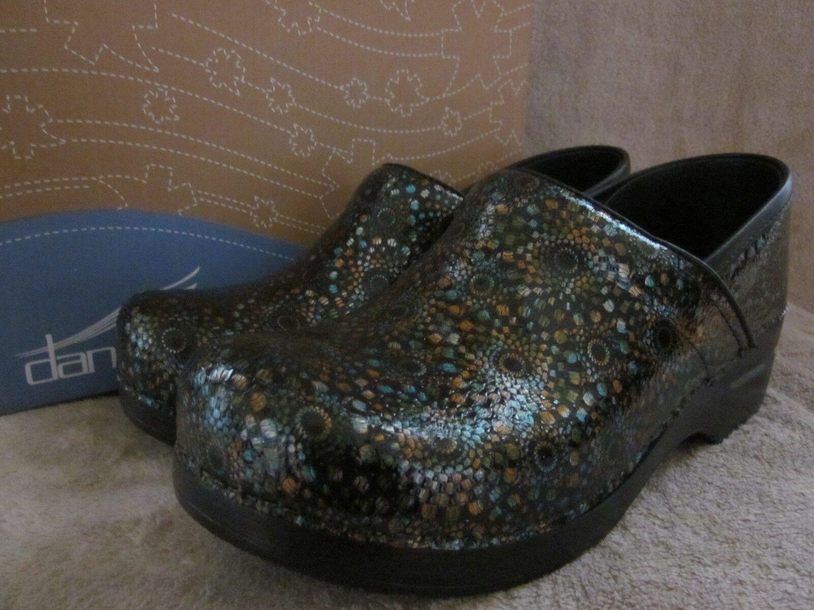 Dansko Professional médaillon cuir sabots chaussures US 10.5 - 11 M 41 euros Neuf avec boîte
