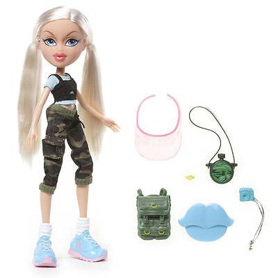 NIB BRATZ Fiercefitness CLOE Exercise Yoga Fitness Blonde Doll