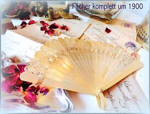 Bezaubernder-Handfaecher-floral-Blumenmuster-vintage-um-1900-antik-Faecher-antik