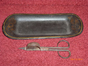 Antique Hand Forged Wick Trimmer w Tin Tole Painted Tray 4 Antique Oil Lamp