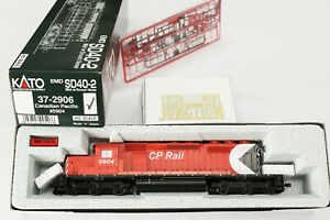 Kato-37-2906-Canadian-Pacific-EMD-SD40-2-5904-Mid-W-Snoot-Nose