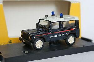 Giocher-Resine-1-43-Land-Rover-90-Carabinieri
