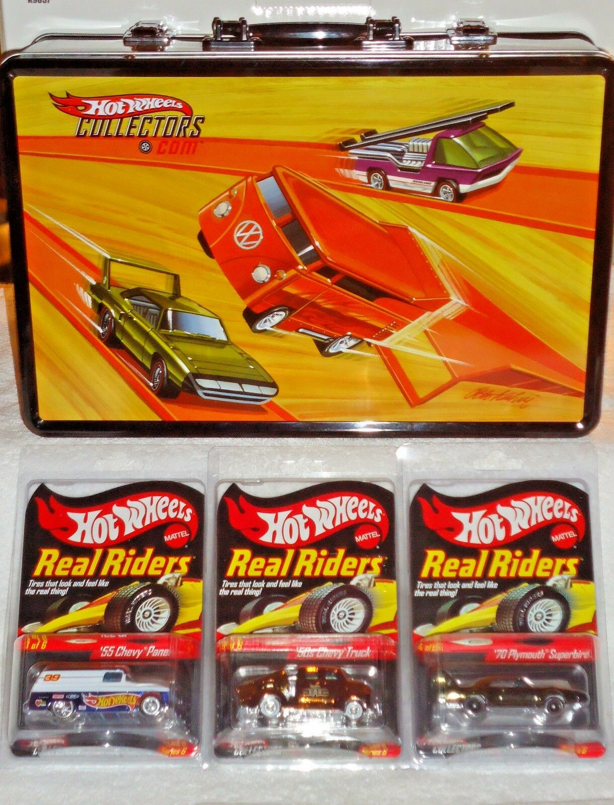 SOLD OUT Hot Wheels Collectors 12-CAR HWC™ Series Six w Hot Wheels Carrying Case
