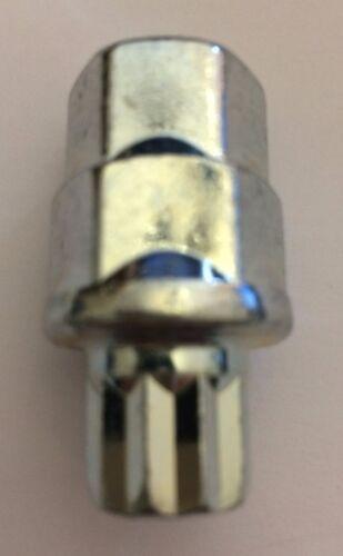 1 x piccolo 10 STAR SLIM LINE sintonizzatore interno guidato chiave Ruote in Lega Si Adatta Nissan