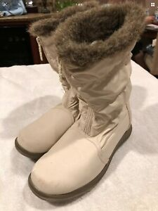 Totes Women's Winter Fur Lined Boots