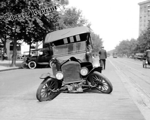 Photograph of a Ford Car Wreck /  Accident Year 1922  8x10