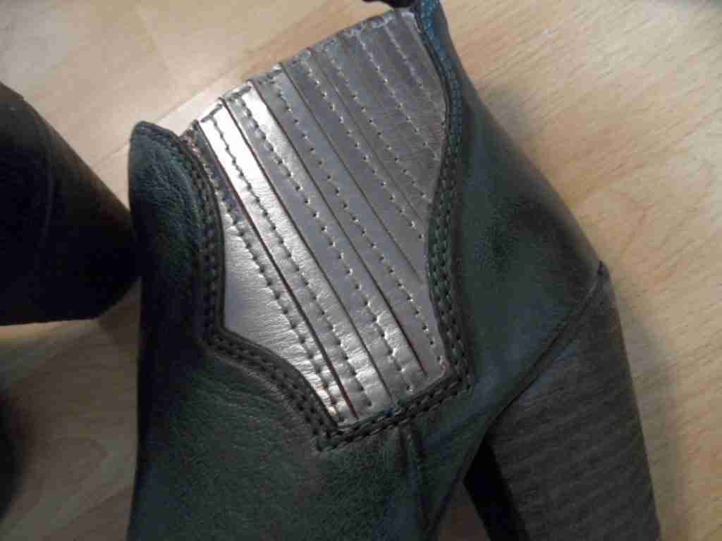 LAZAMANI coole Stiefeletten NEU grün silber Gr. 37 NEU Stiefeletten 6d07f1