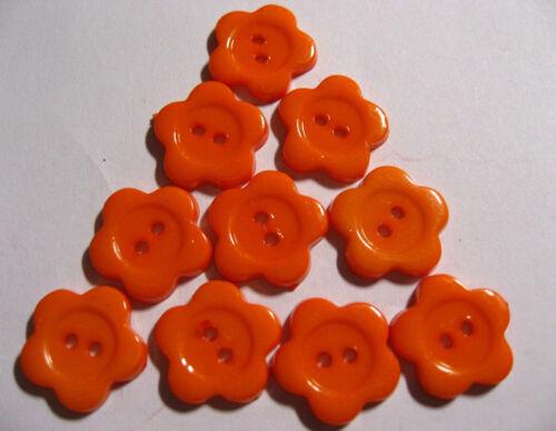 10 x ORANGE Medium Size Flower FE14C Daiy Shape Buttons 20mm Wide