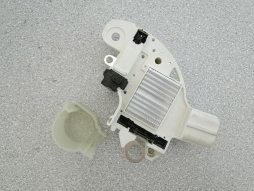 Regulador de alternador 01G313 Ford Focus C-Max 1.8 TDCi