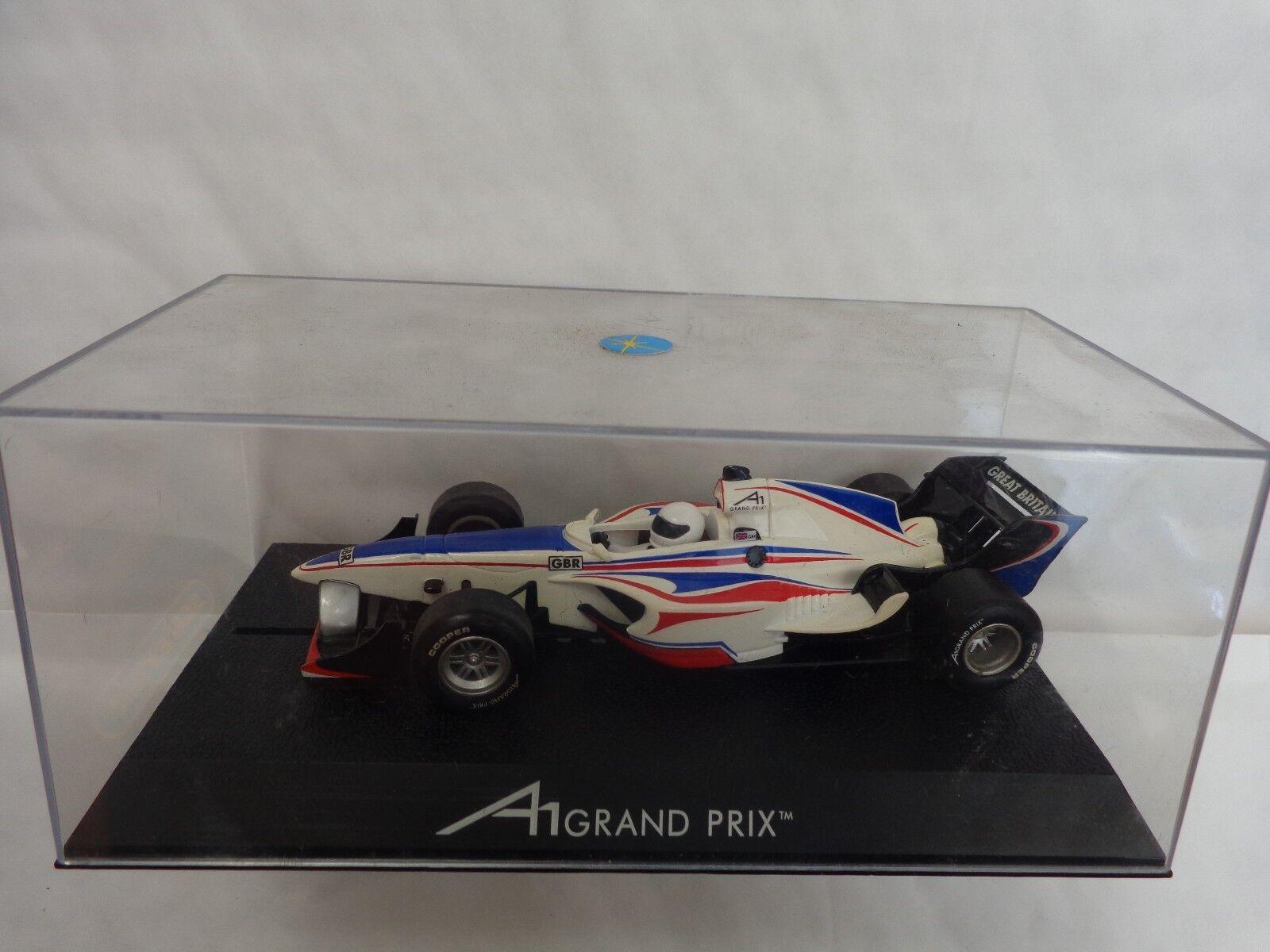 HORNBY SCALEXTRIC - A1 GRAND PRIX TEAM GREAT BRITAIN F1 CAR C2706 BOXED