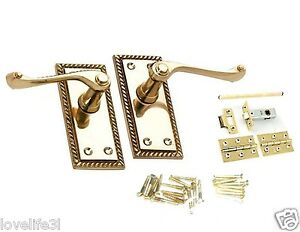 GEORGIAN-POLISHED-BRASS-LEVER-LATCH-SCROLL-DOOR-HANDLE-HINGES-SPINDLE-SCREW-PACK
