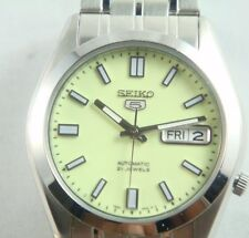 Seiko 5 automatic 21 jewels watch for men iluminous and light green dial