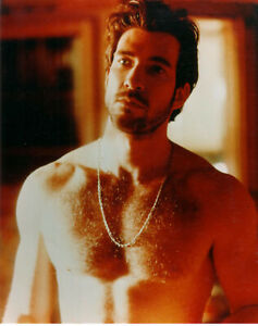 Dylan-McDermott-Shirtless-Glossy-8-X-10-Color-Photograph