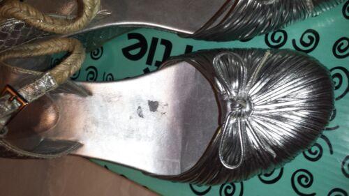 argento Scarpe zeppa con Bertie 7 chiusura con con fibbia zeppa fiocco Uk e dqF1qT6wy