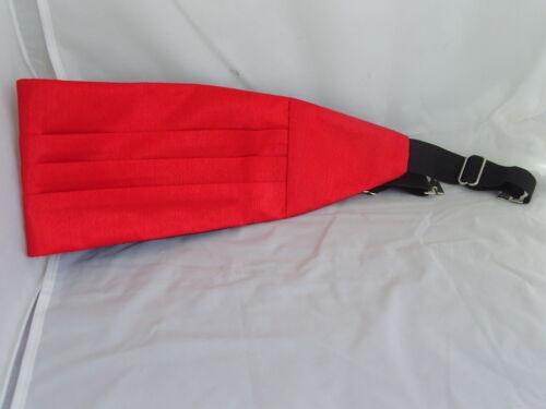 Cummerbund and Hankie Set Exclusive /<GG/> RED Mens pre-tied Polyester Bow tie