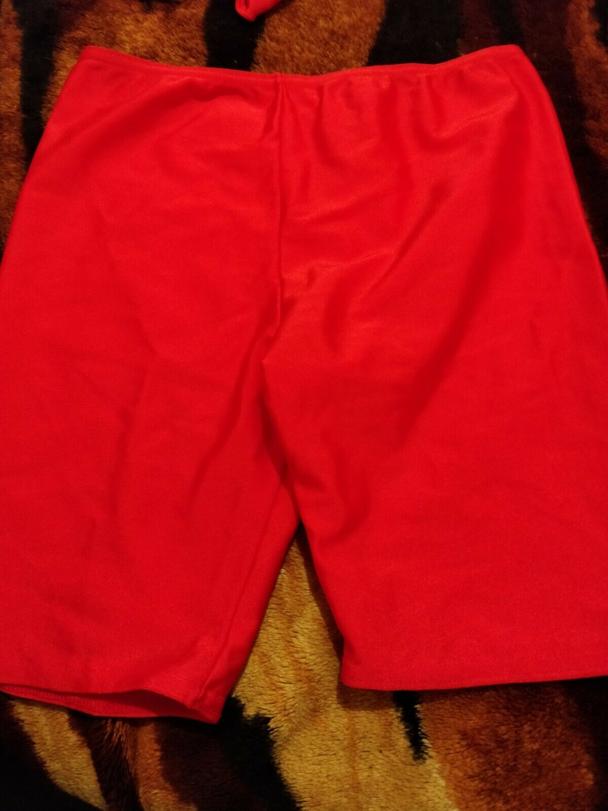 *Lovely girls red fashion dance shorts size 2A*🙂