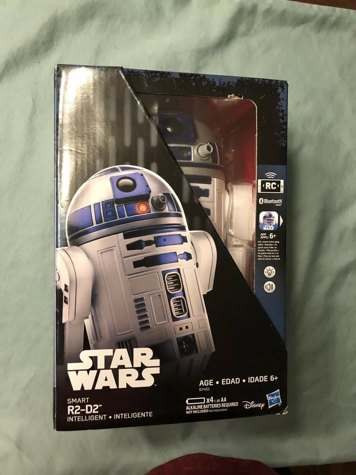 Hasbro Star Wars Smart R2-D2, App Enabled RC Robot Droid blueetooth intelligent