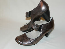 CLARKS  BNWT size 7D SOFTWEAR ANY PLACE DARK PEWTER METALLIC MARY JANE SHOES