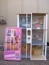 Vintage BARBIE 1987 Townhouse Doll house Playset 100% USED No Instructions