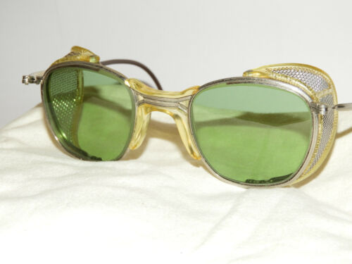 VINTAGE NEW MINT 30S-40S AMERICAN OPTICAL SUNGLASS