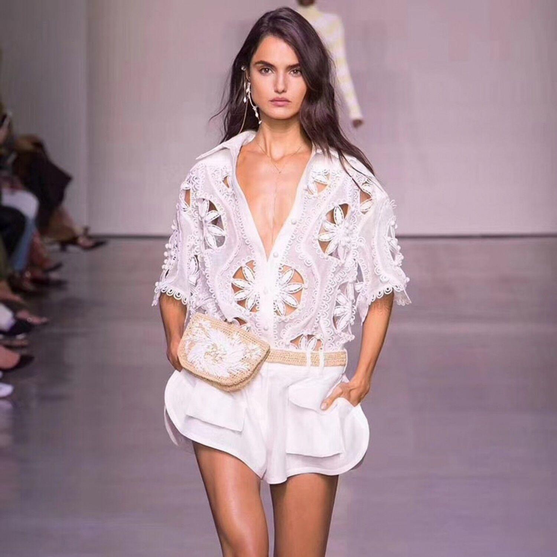 2019 Neu Mode Damen Runway Anzug Set Stickerei Aushöhlung Shorts und Shirt