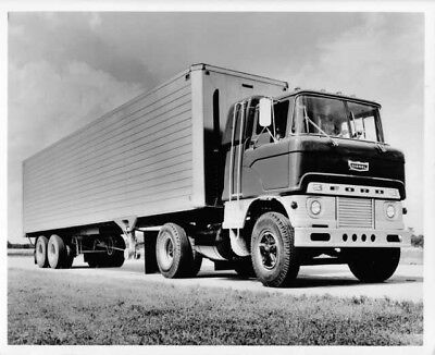 1965 Ford F-250 Light Truck Pickup Six Man Crew Cab Press Photo /& Release 0061