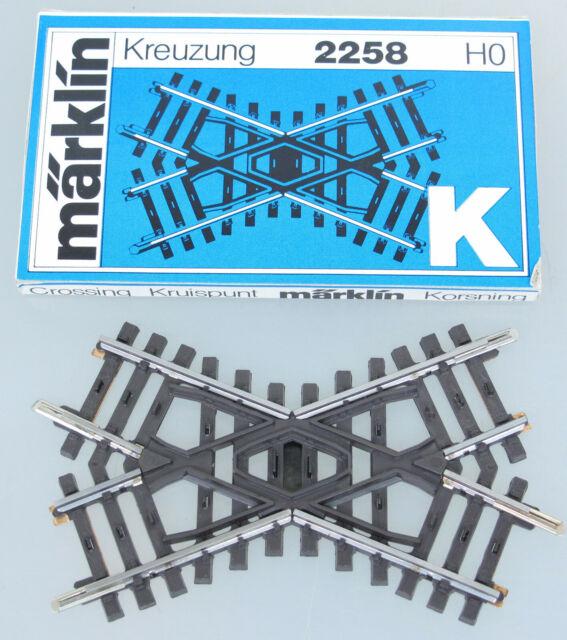 OVP Märklin H0 2258 K-Gleis Kreuzung 45° NEU